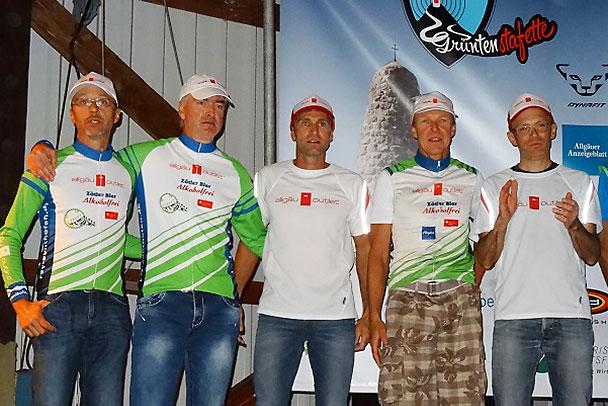 """Allgäu Outlet Raceteam Masters (von links nach rechts: André Dodier, Thomas Maier, Steffen Walk, Thomas Gipperich, Stefan """"Paule"""" Lang. Es fehlt Patrick Caprano"""