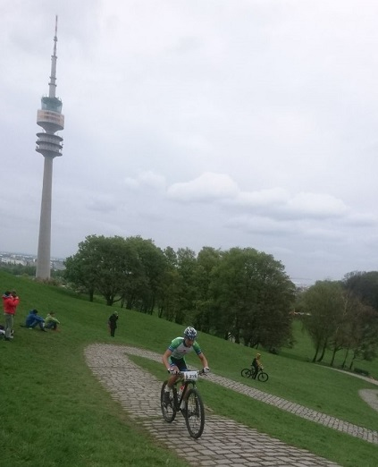 Cross Country Rennen im Olympiapark München