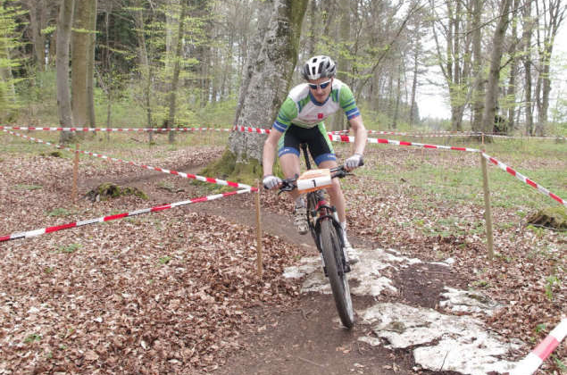 Mountainbiker messen sich in Böhringen